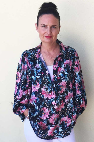 Roule Blouse in Juniper Floral by Mela Purdie