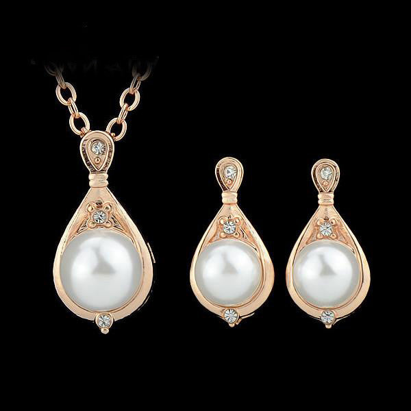 Sophisticated Rose Gold Jewelry Set with Pearl - Order Today!