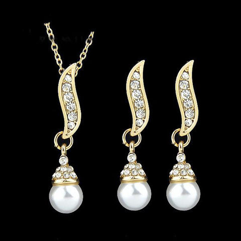 Beautiful Gold Plated Pearl Jewelry Set - Order Today!