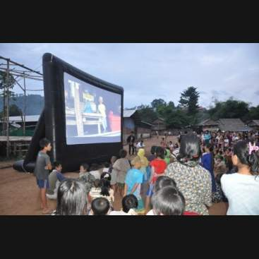 Event Pro Outdoor Movie Screen Kit