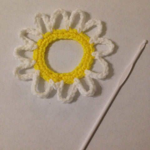 crochet crocheted daisy
