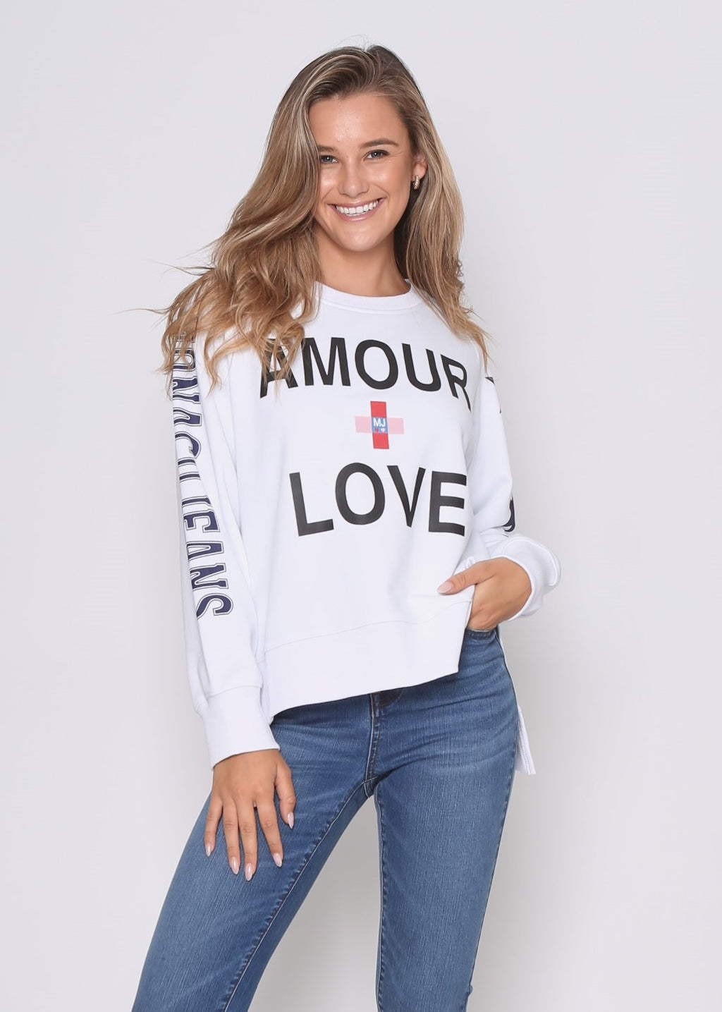 PRE-ORDER - LOVE SWEAT - WHITE