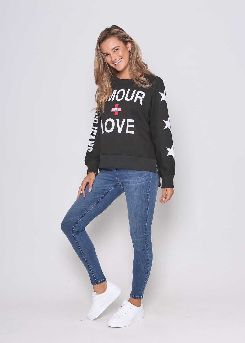 PRE-ORDER - LOVE SWEAT - BLACK