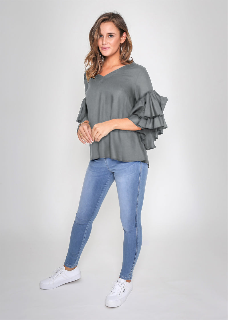 SHELBY FRILL SLEEVE TOP - GREY