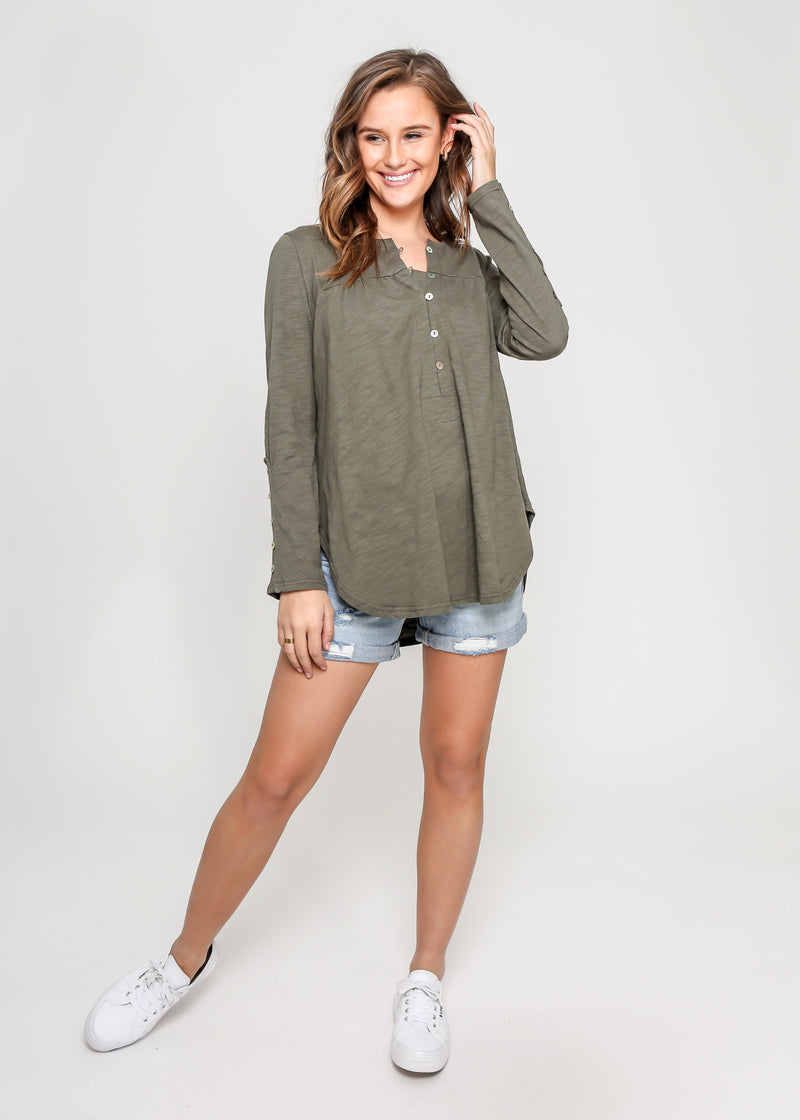 BEBE BUTTON DOWN TOP - KHAKI