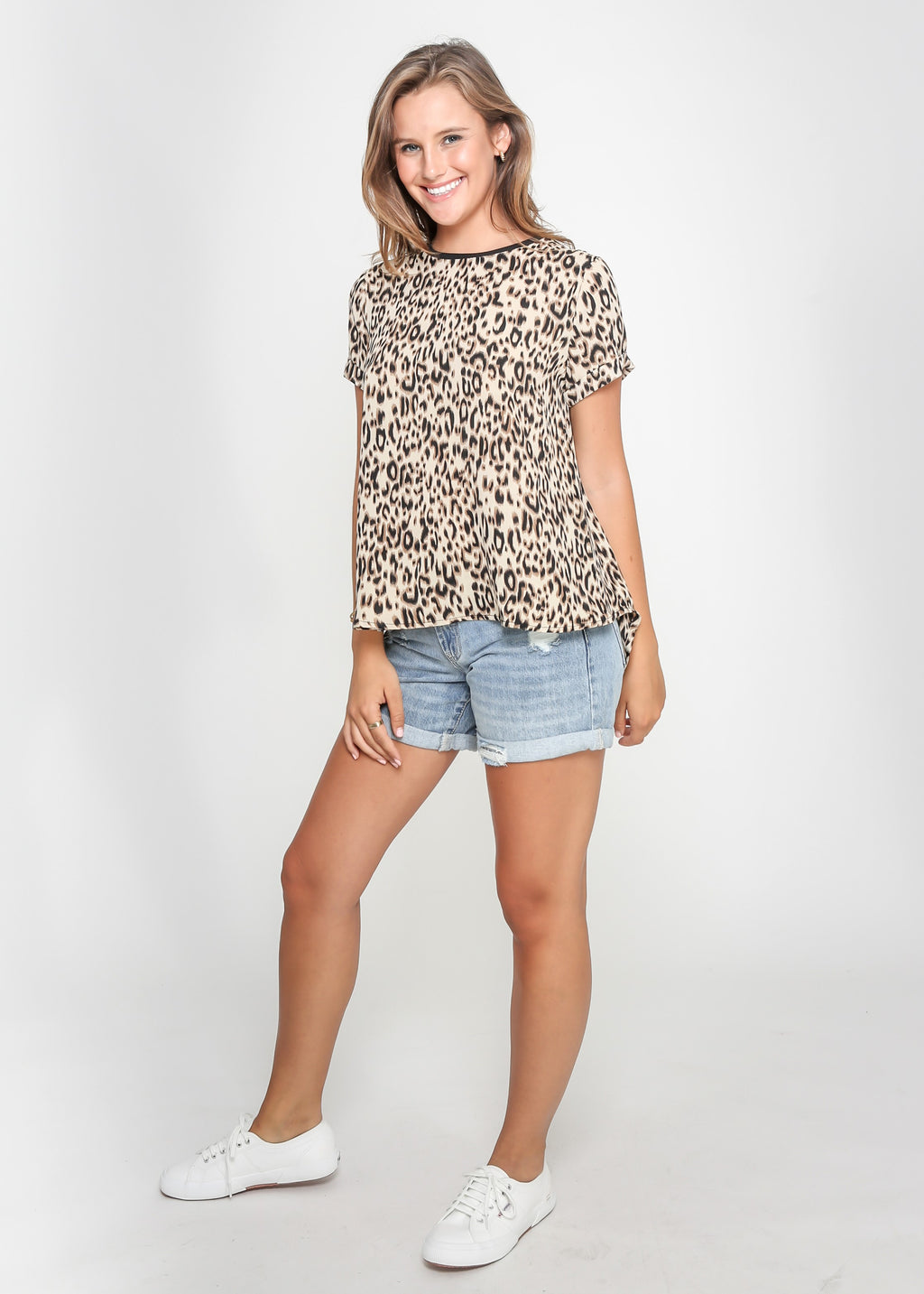 HARLOW TEE - BEIGE LEOPARD - MARK DOWN MADNESS