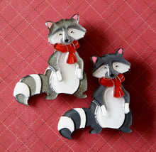 Vera Chan - Rufus the raccoon brooch plain (NON GLITTER VERSION)