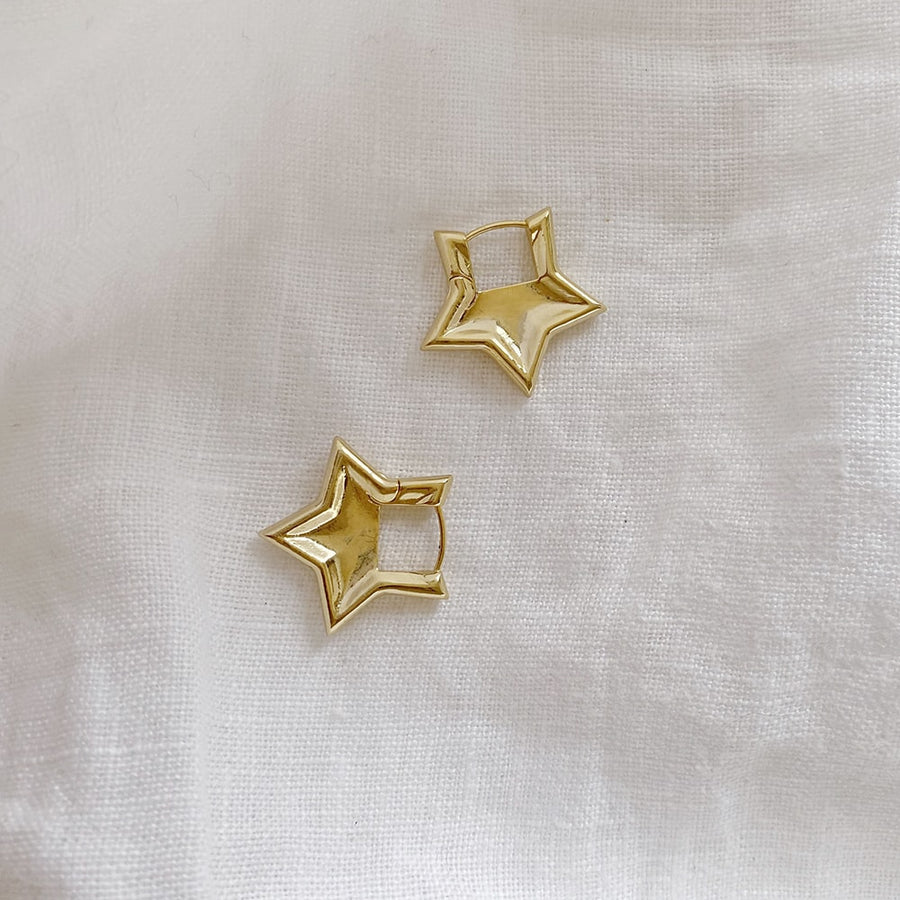 The Starlet Huggie earring