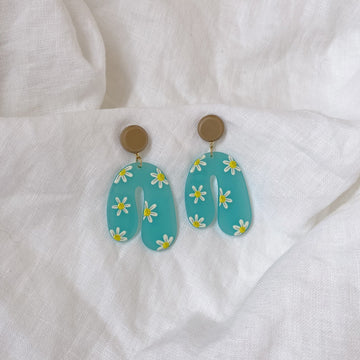 The Miss Daisy earring