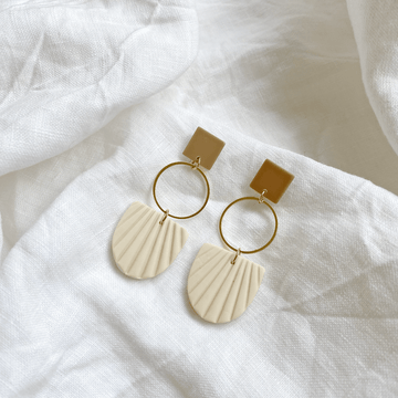 The Hoop and Shell earring