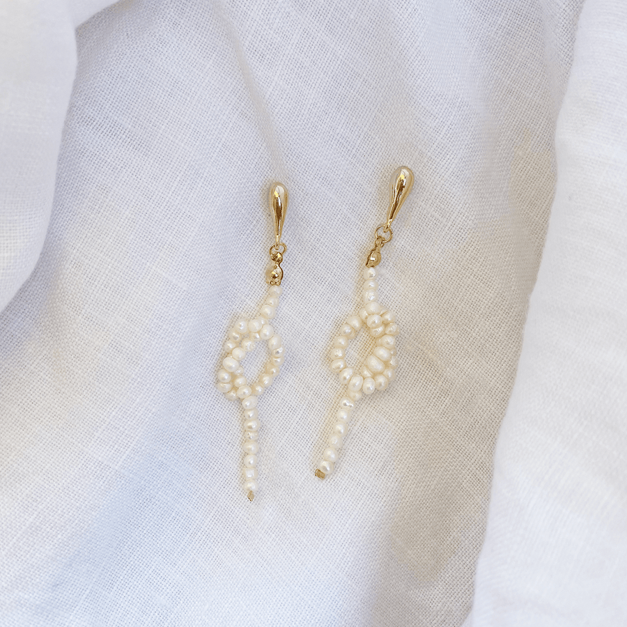 The Knotted Pearl Garland Earring