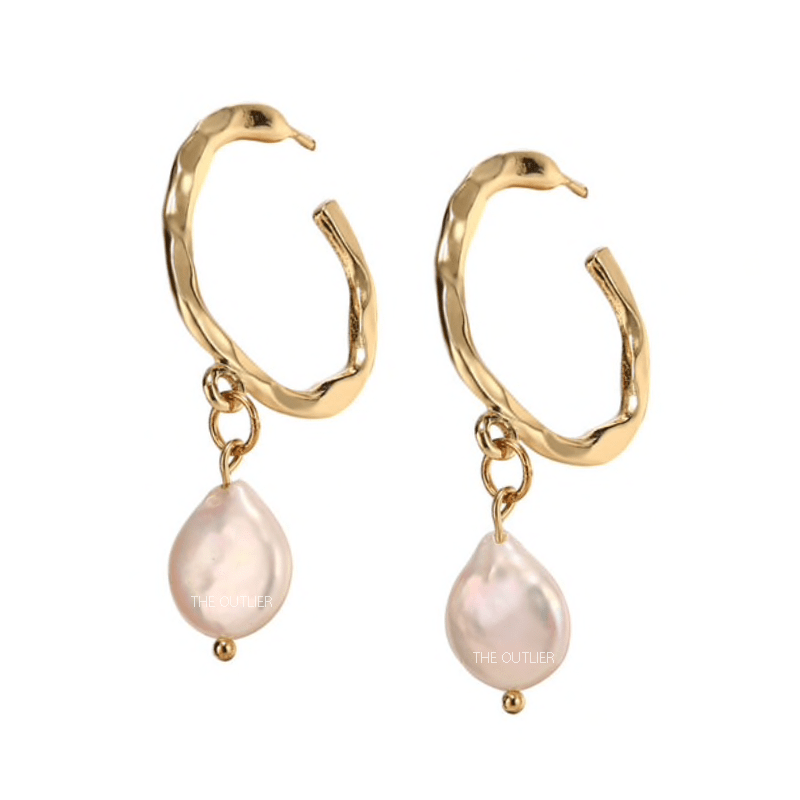 The Akoya II earring