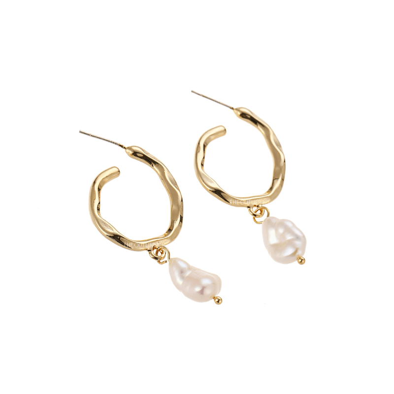 The Akoya earring