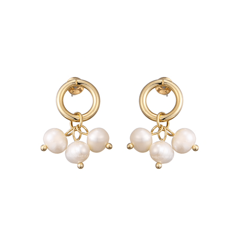 The Pequena earring
