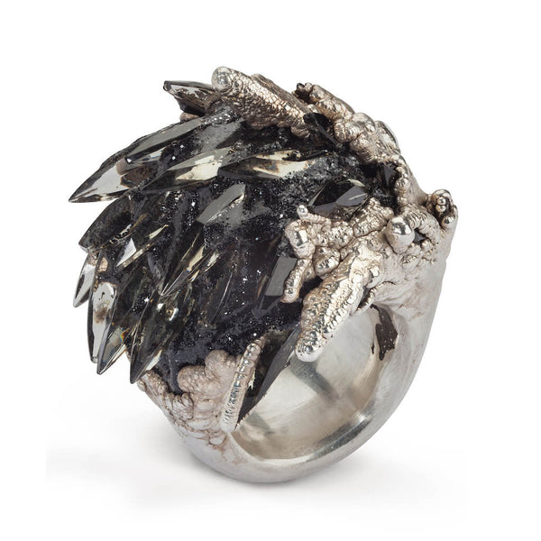 Large Spiky Black Ring