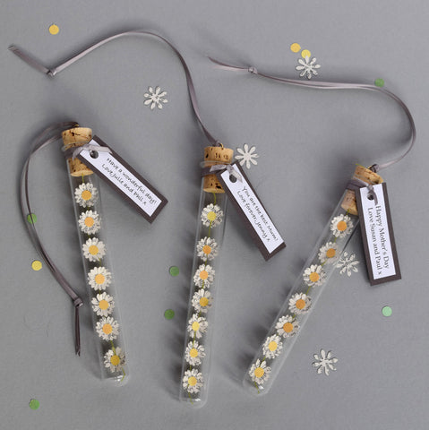 Personalised Mother's Day Gift - Paper Daisy Chain Personalised Gift - Made In Words