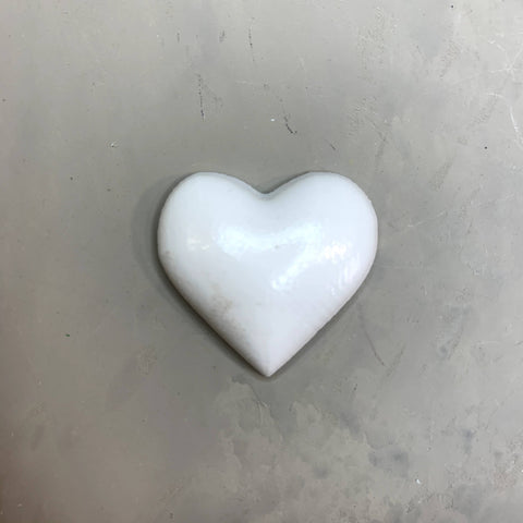 Resin Embellishments - Extra Small - Heart 3,5cm x 3cm