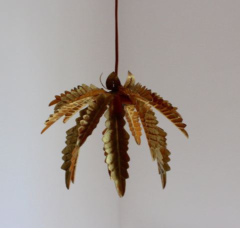 Contemporary Vintage-Inspired Pendant Light with Leaf Motif