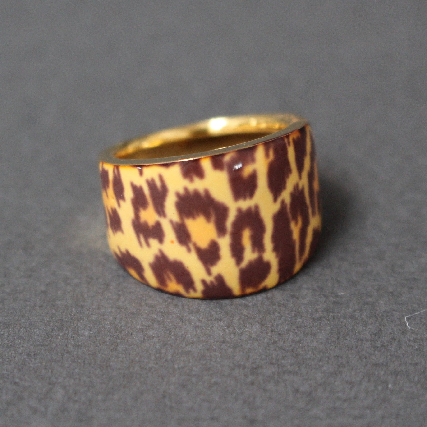 Mid-Century 21 Ct Gold Enamelled Leopard Print Ring