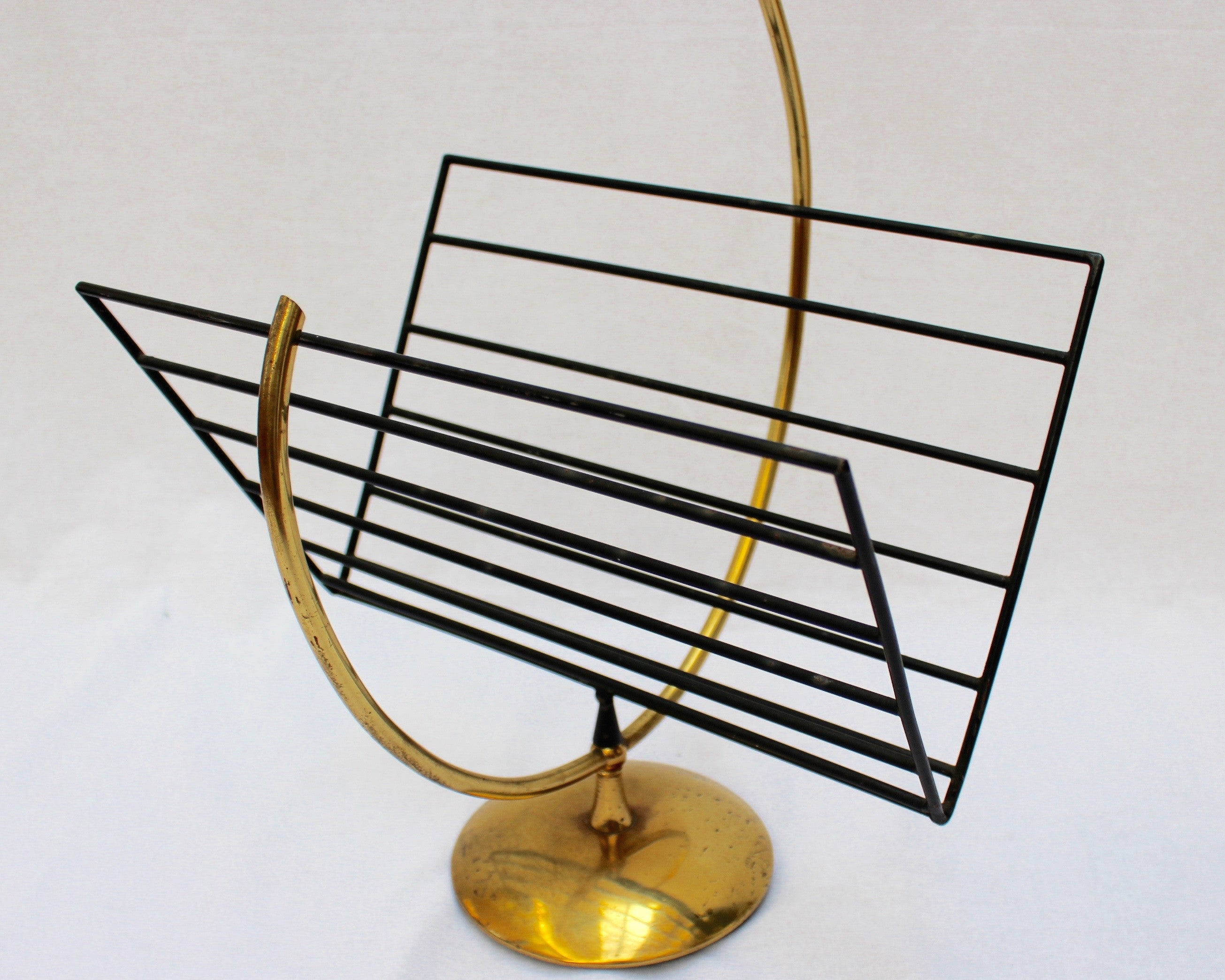 Music Note-Shaped Italian Brass Magazine Stand (c. 1950s)