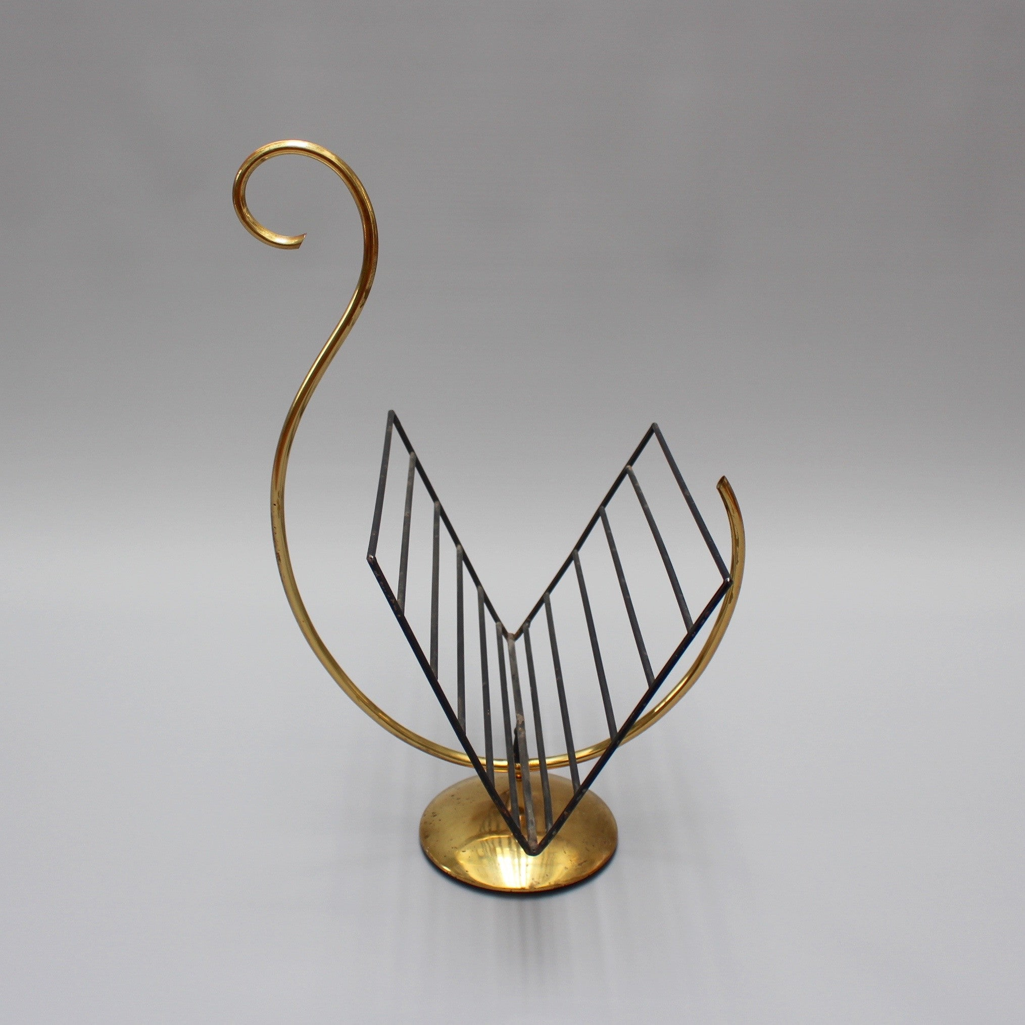 Swan-Shaped Italian Brass Magazine Stand (c. 1950s)