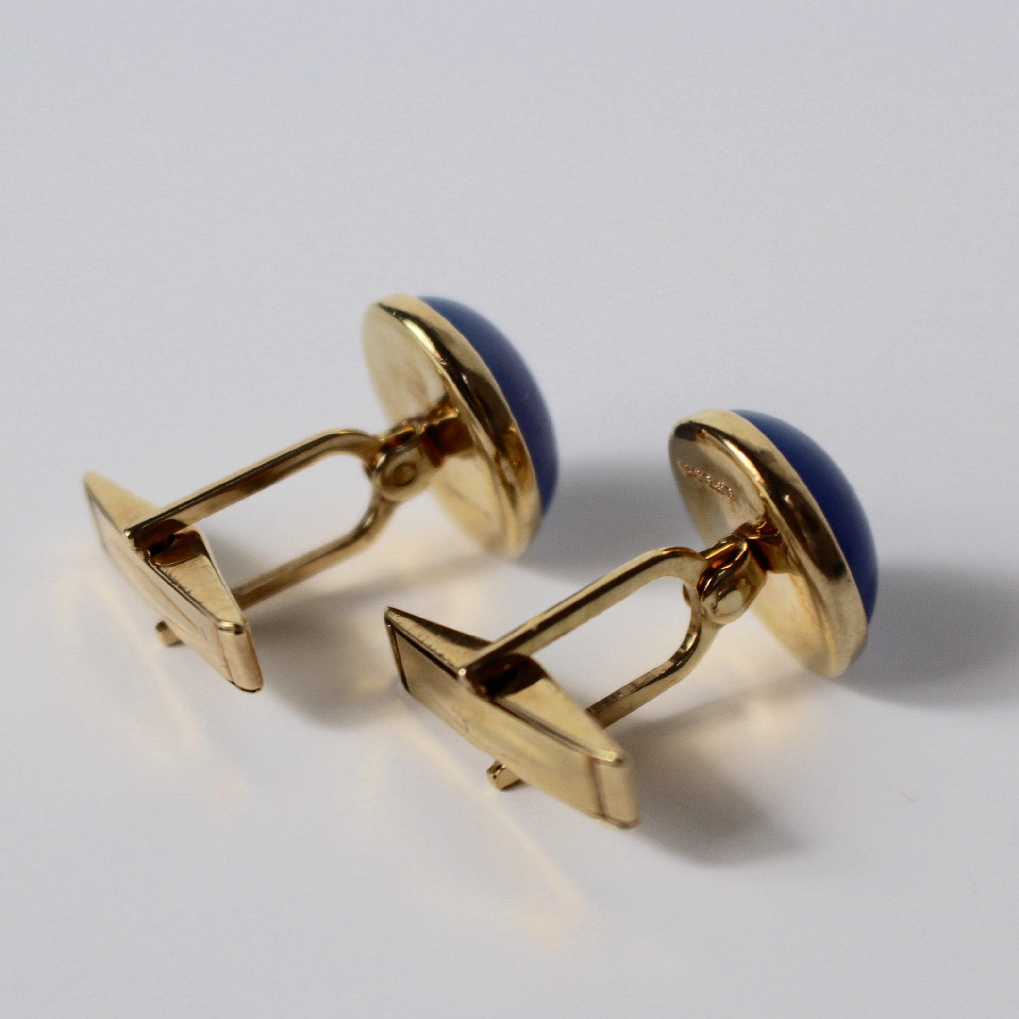 Cufflinks with Cabochon Chalcedony Stones (1995)