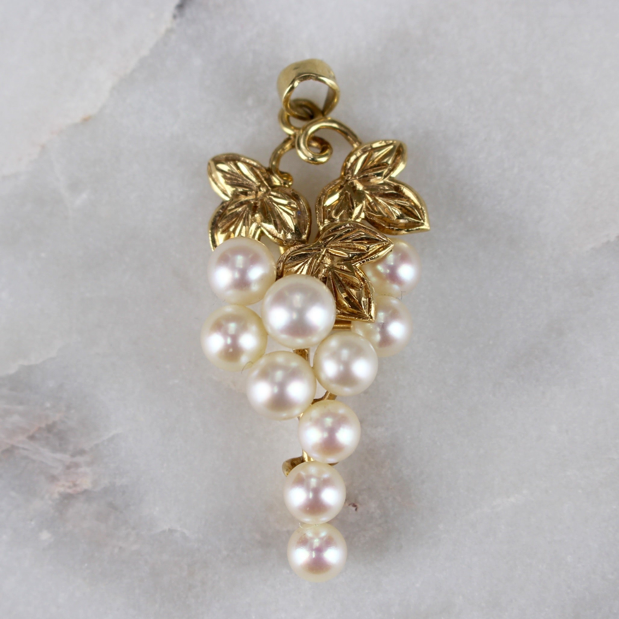 Grape Bunch Pendant of Gold and Pearls (c. 1970s)