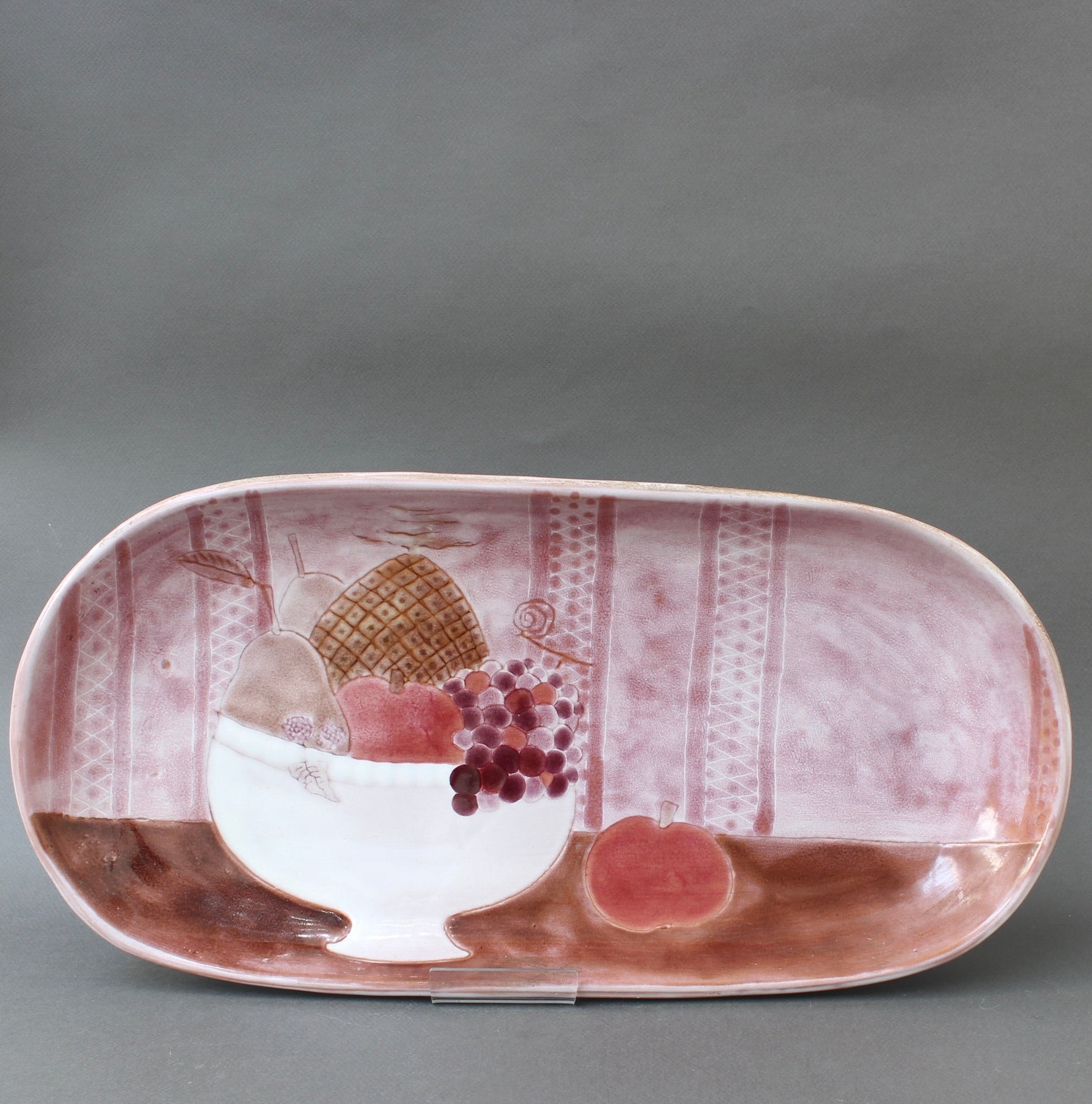 French Pink Decorative Ceramic Tray with Still Life Motif by Frères Cloutier (circa 1960s)
