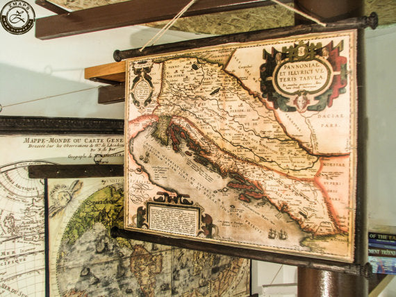 Pull down chart of the Adriatic sea from 1590, Canvas antique wooden pirate frame, Nautical decor, Yugoslavia, Dalmatia, Dubrovnik, Ships