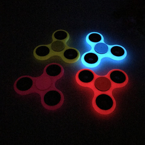 Fluorescent Glow-In-The-Dark Tri-Bar Plastic Spinner