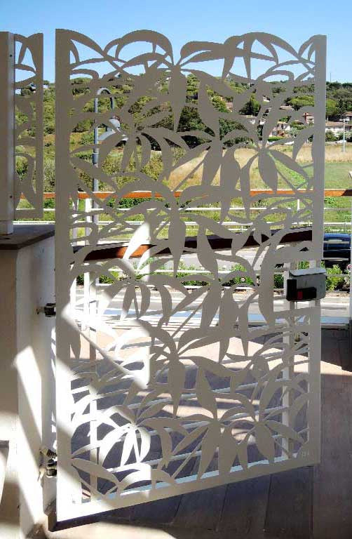 Floral aluminum laser cut gate of the marina terrace