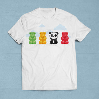 Cute Gummi Bear & Panda T-Shirt [Gift Idea - Makes A Fun Present] [For Him/For Her] Unisex T-Shirt XS/Small/Medium/Large/XL