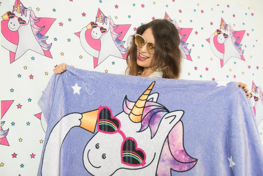 Cool Unicorn Fleece Blanket - Cute Gift For Unicorn Lovers - Sleep In Style - [Small / Medium / Large]
