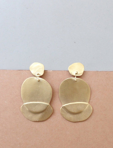 Petal earrings by Studio Baladi