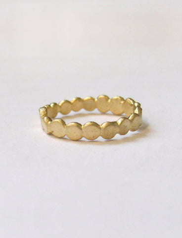 Dot Crown wedding Ring by studio baladi