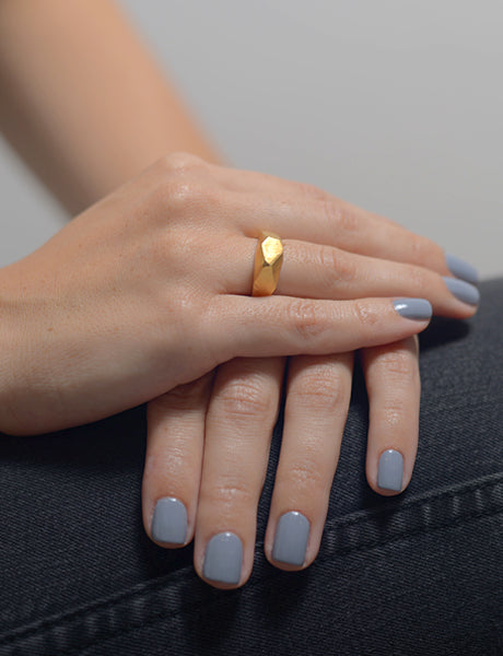 High geometric faceted raw ring by studio baladi