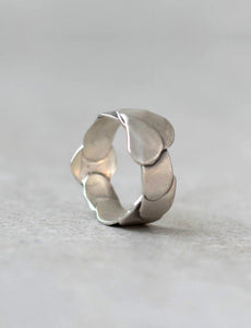 Petal Ring by studio baladi