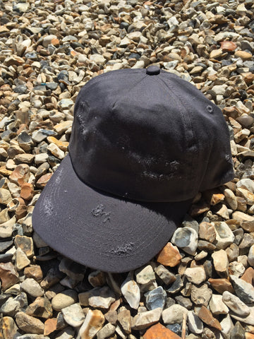DISTRESSED CAP - GRAPHITE GREY