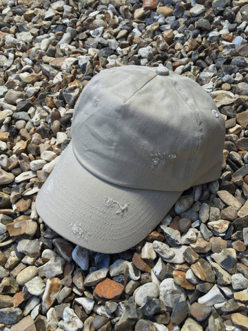 DISTRESSED CAP - BEIGE