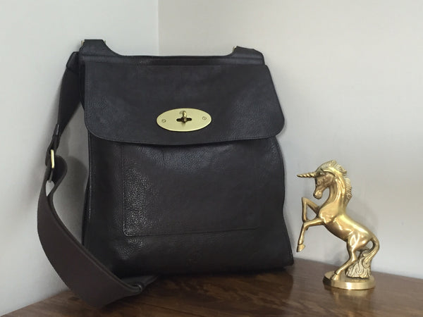 Mulberry Large Antony in a Chocolate NVT Leather