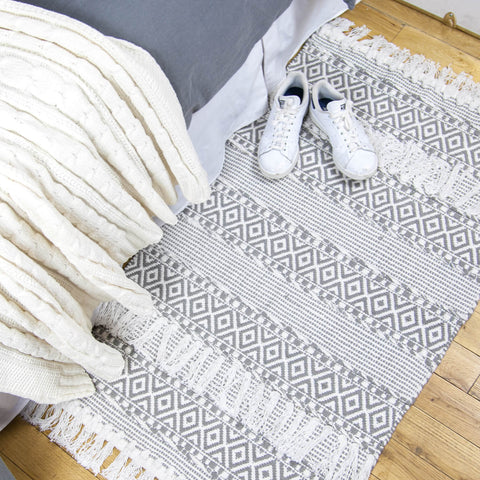 Textured Hand Woven Tassel Accent Rug