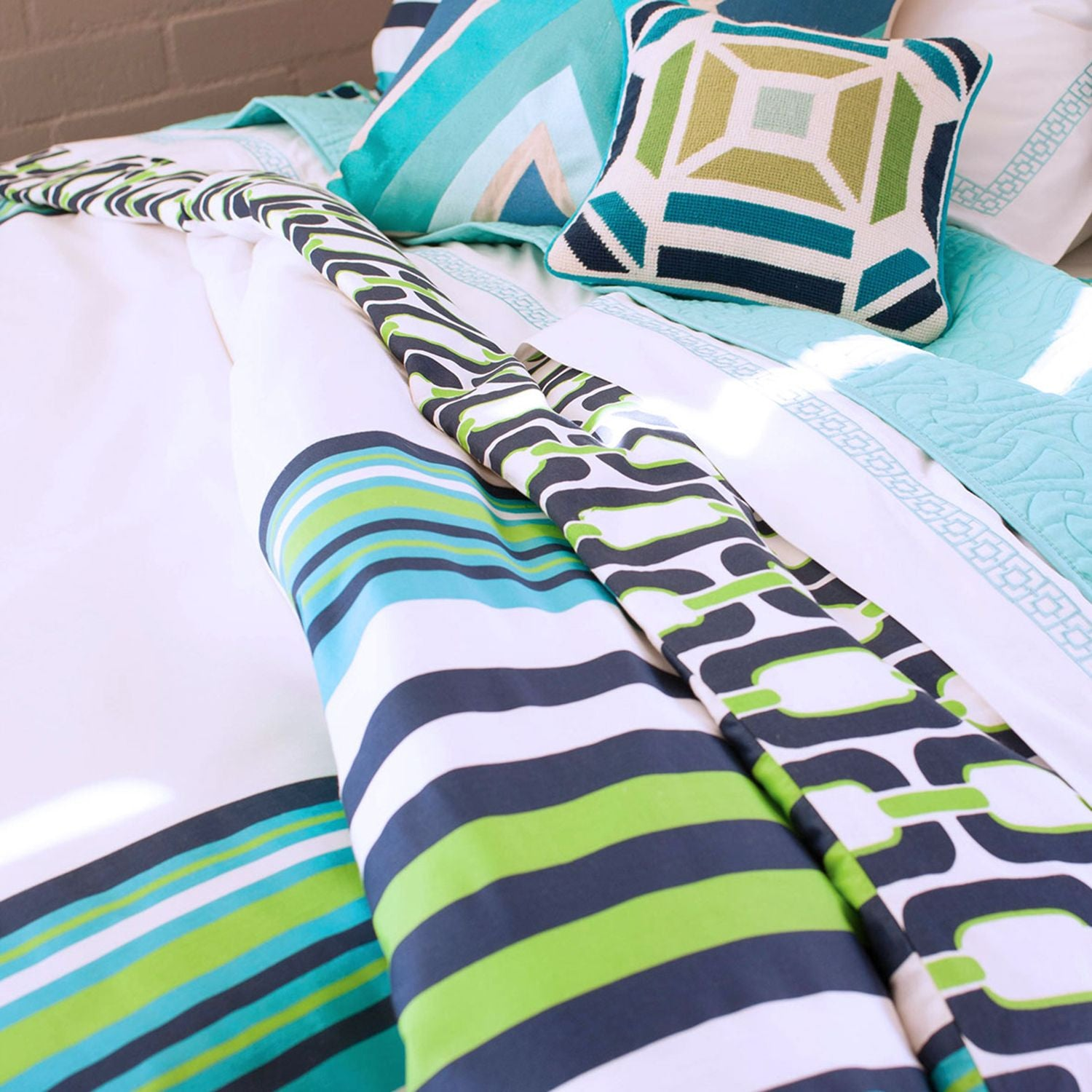 Trina Turk Huntington Stripe Duvet Set - Twin/Twin XL
