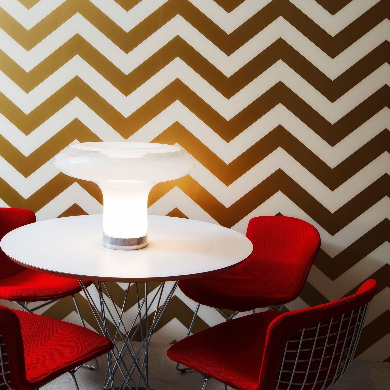 Temporary Wallpaper - Chevron - Metallic Gold