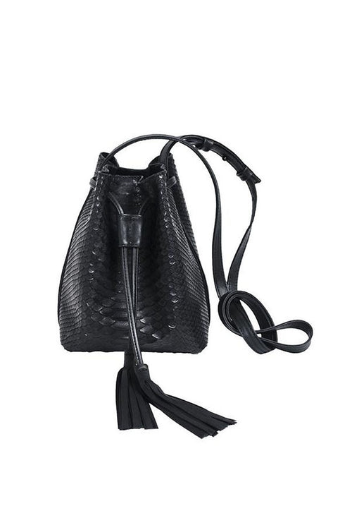 Hampton Bucket Bag in Black