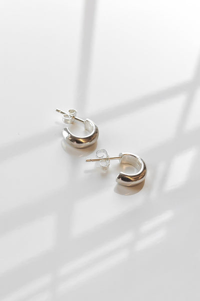 Vince Hoops in Sterling Silver