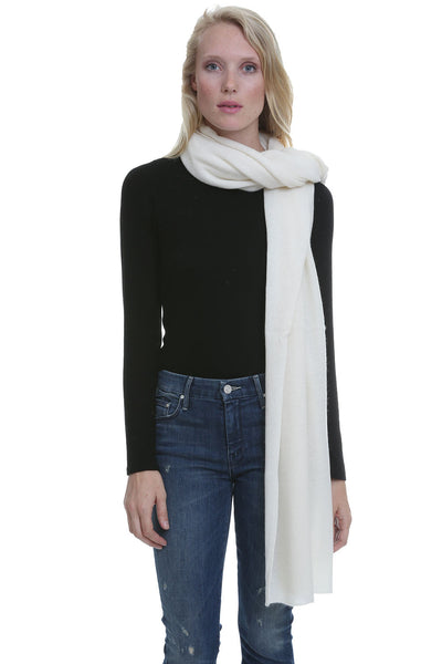 Essential Cashmere Wrap in Pearl