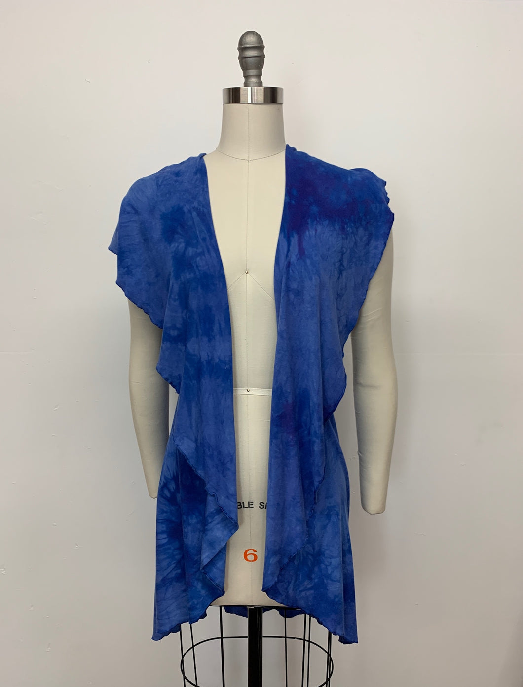 CHLOE VEST in Morning Glory Variegated