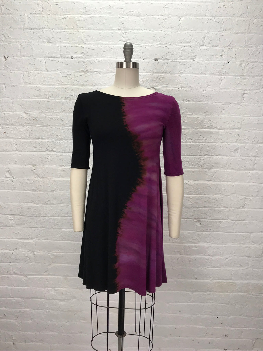 LUCY TUNIC in Pomegranate Ying Yang