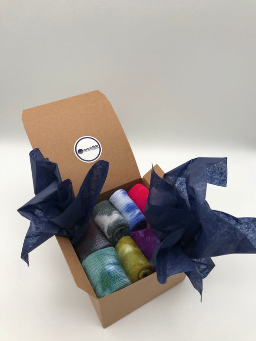 Gift Box Bamboo Socks in a Multi Pack of 7 Kids Size 6