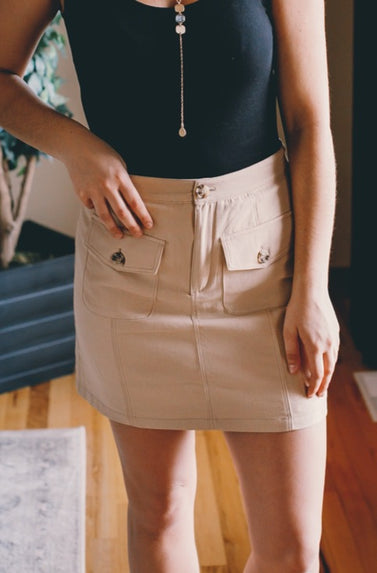 Double Front Pocket Mini Skirt (Beige)